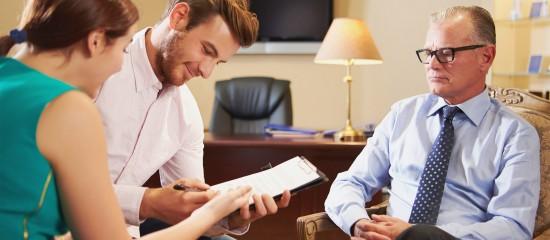 Mise en garde du banquier en cas d'emprunt souscrit par plusieurs personnes