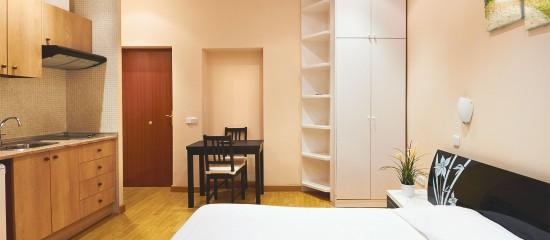 en principe la taxe dhabitation est due par le locataire qui occupe le logement meubl au 1er janvier de lanne dimposition il en est autrement lorsque